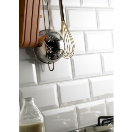 Metro Bevelled Edge 200x100 - White Tile 1483